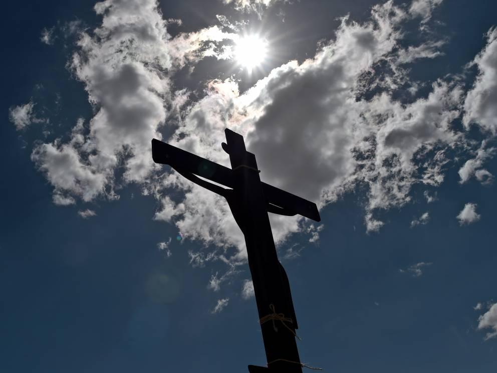 Segni del Diavolo: persino la croce non sfugge ai più fanatico. Il demonio nella morte del Cristo