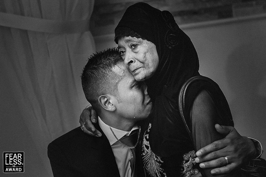 best-wedding-photos-2017-fearless-awards-346-59e45da3d9bd4__880