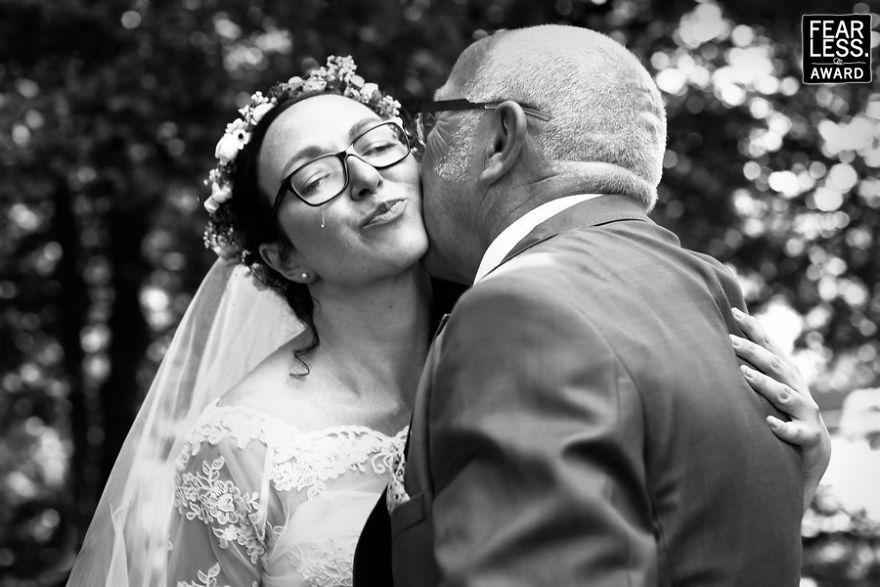 best-wedding-photos-2017-fearless-awards-93-59e4558837c7d__880