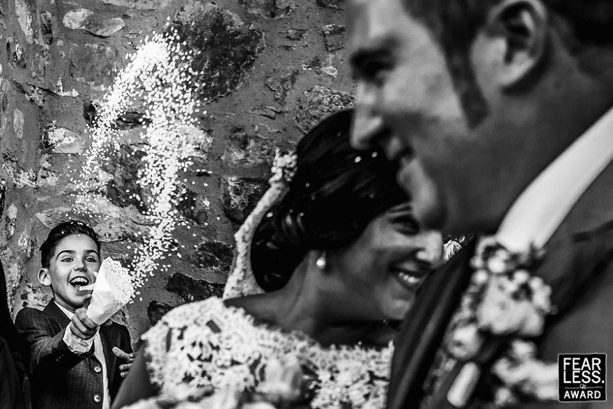 best-wedding-photos-2017-fearless-awards-94-59e4558a34c64__880