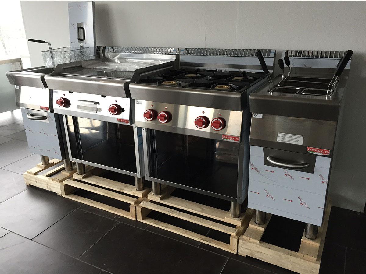 Attrezzature Ristorazione e Cucine Professionali - TuosT