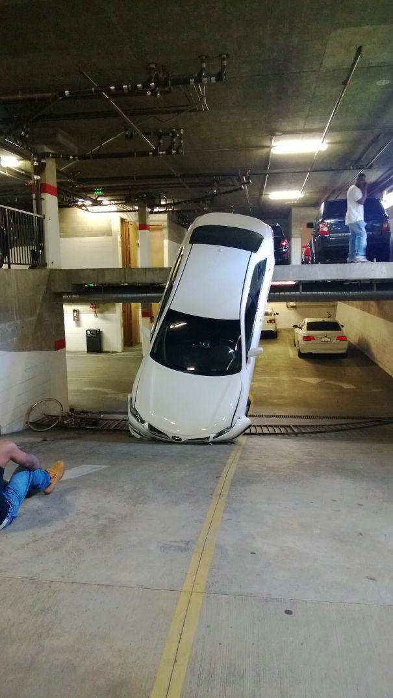 il disastro mancato, ma non per l'auto