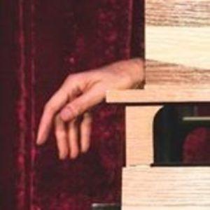 Famiglia Addams, La mano di Christopher Hart nel ruolo de la Cosa