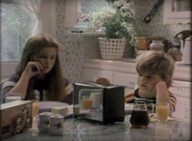 Stranger things 2: una vecchia pubblicità in apertura del nuovo teaser